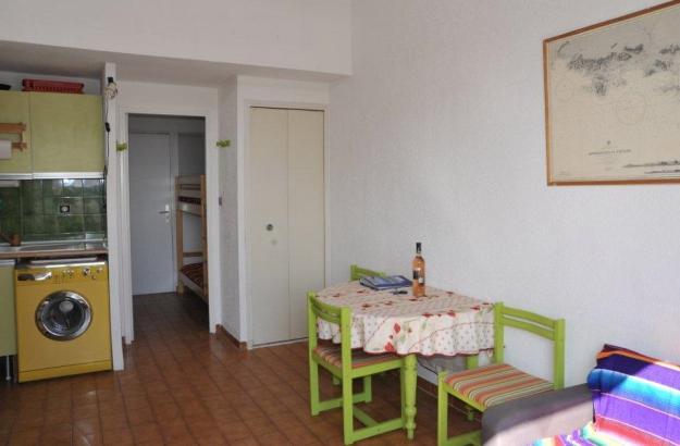 Location vacances T2 Salins d'Hyeres